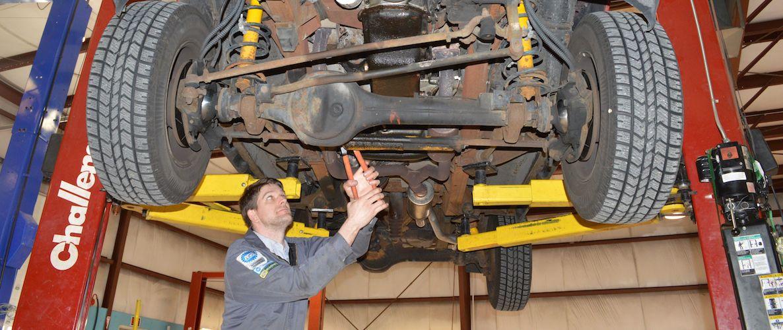 Land Rover Repair - Dave's Auto Center